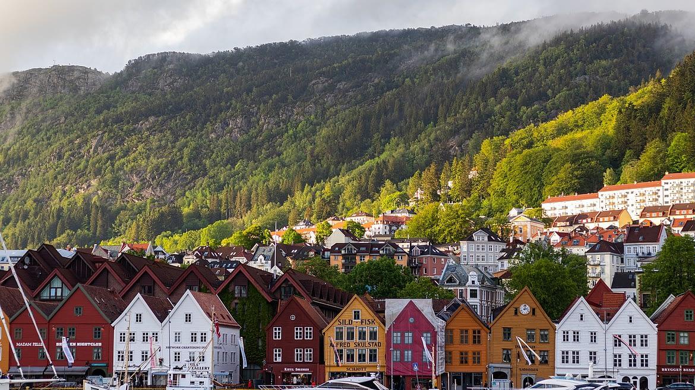 Understanding the Norwegian Dugnad Tradition