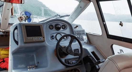 3 Different Types of Steering Systems for Your Boat